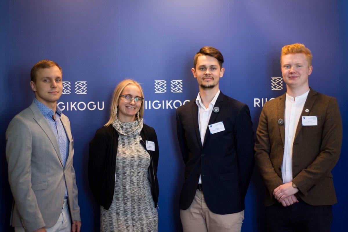 Vote@16 seminar Riigikogus. Pildil Karl Sander Kase, Kätlin Kuldmaa, Roger Tibar ja Mikk Tarros